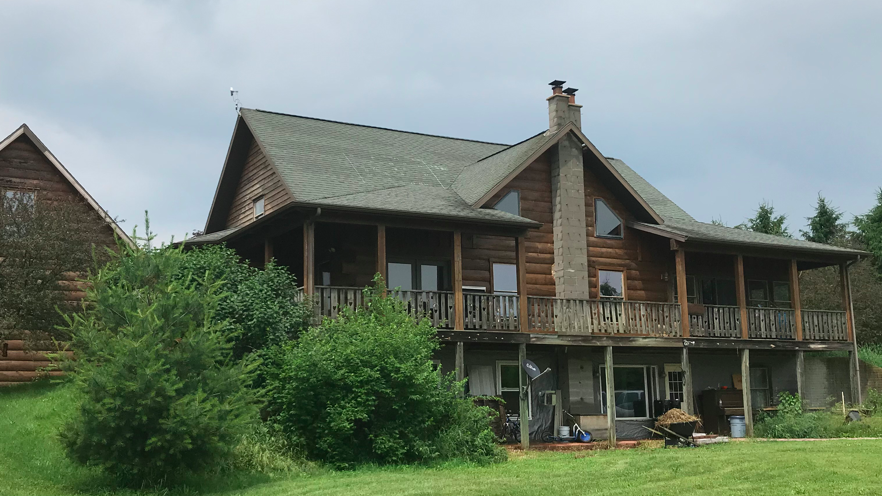 Beautiful Log Cabin in Goshen